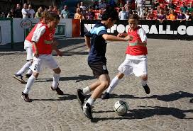 straatvoetbal2.jpg
