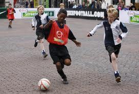 straatvoetbal1.jpg